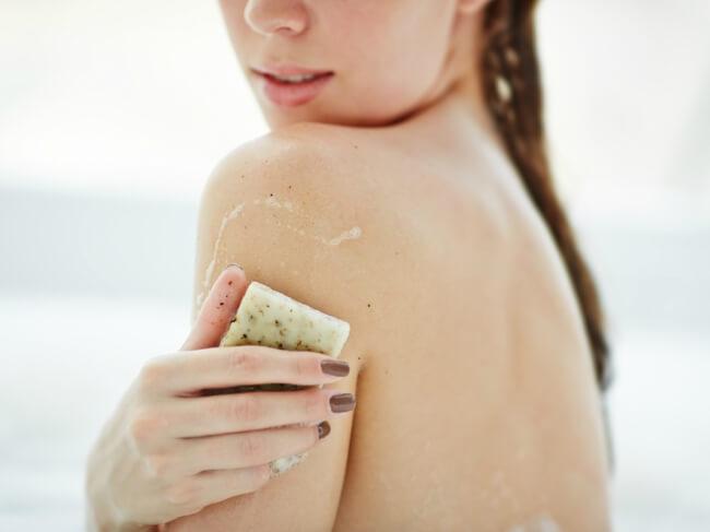 Hasil gambar untuk sabun batang untuk pengarum baju